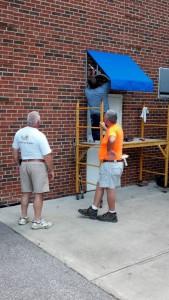 awning crew